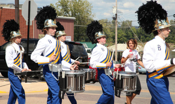 001 SFBRHS Homecoming Parade.jpg