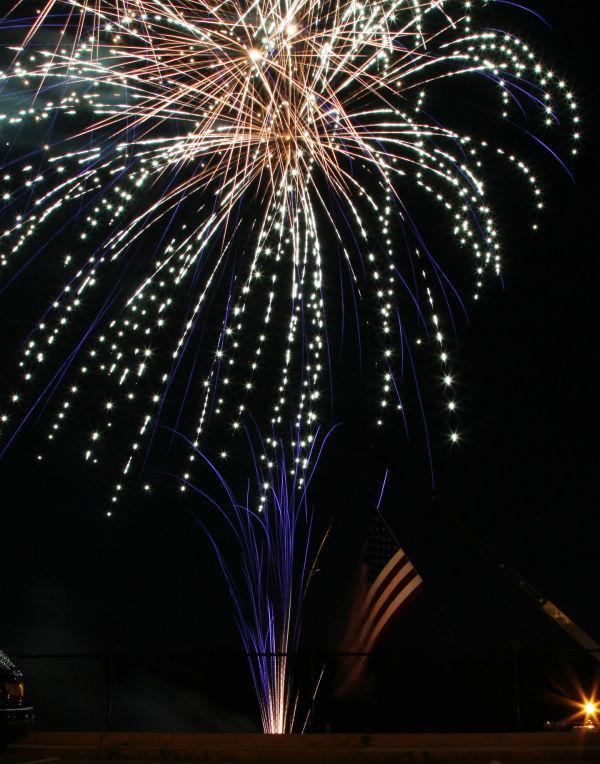 007 Fireworks in Washington May 24.jpg