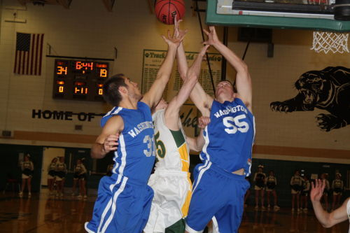 Blue Jays Fall at Ft. Zumwalt North