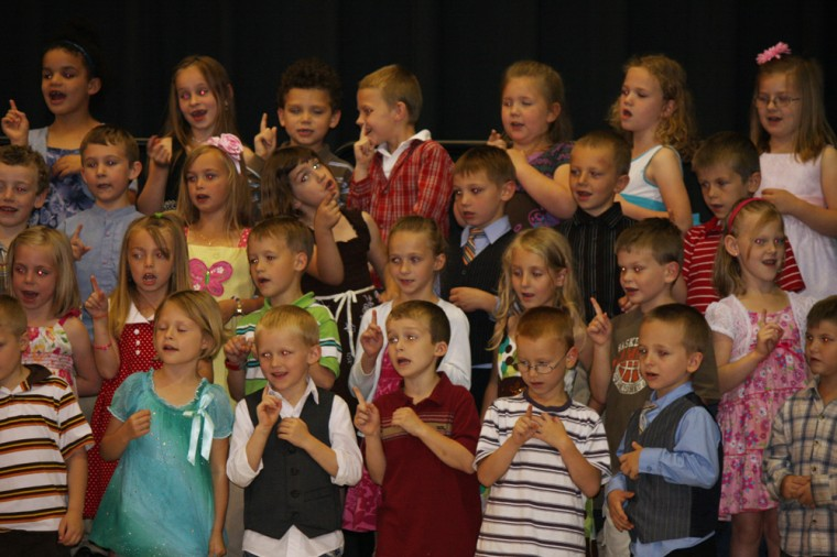 002 Central Elementary Kindergarten Program.jpg