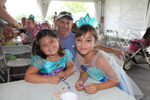 003 Queen for a Day 2014.jpg
