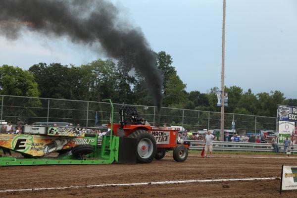 027 Tractor Pull Fair 2013.jpg