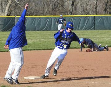 Borgia Blasts Baseball Opponents