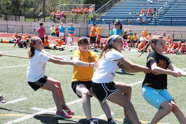 046 7th and 8th Grade Track and Field.jpg