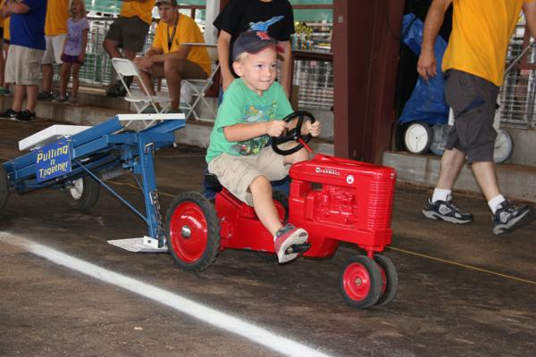 006 Pedal Tractor Pull 2014.jpg