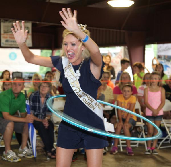 006 Fair Hula Hoop Contest 2014.jpg