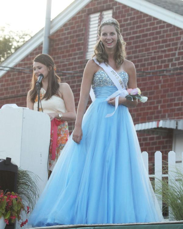 030 New Haven Youth Fair Queen Contest 2013.jpg