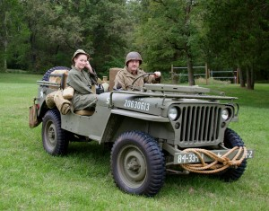 WWII JEEP BINDS FATHER AND DAUGHTER