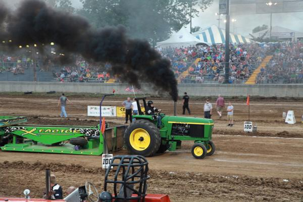 010 Tractor Pull at the Fair 2014.jpg