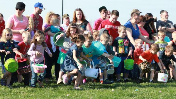 012 Washington City Park Egg Hunt 2014.jpg