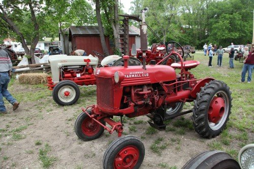 017 Labadie Tractor.jpg