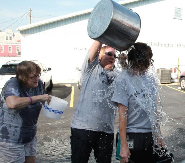 008 Washington Missourian Newspaper Ice Bucket Challenge.jpg