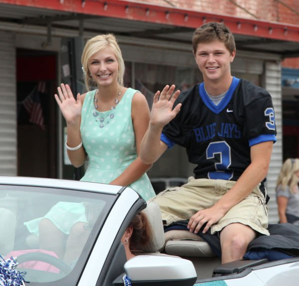 017 WHS Homecoming Parade 2013.jpg