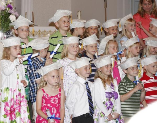 029 St. Gert Kindergarten Grad.jpg