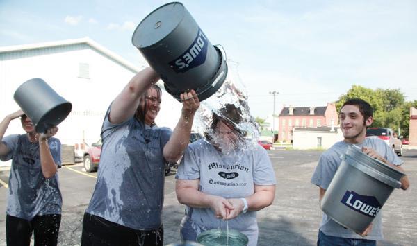 016 Washington Missourian Newspaper Ice Bucket Challenge.jpg