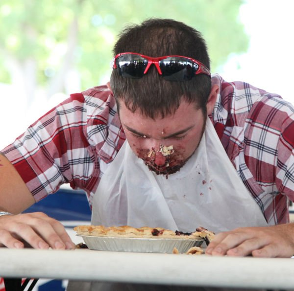 005 Pie Eating Contest 2013.jpg