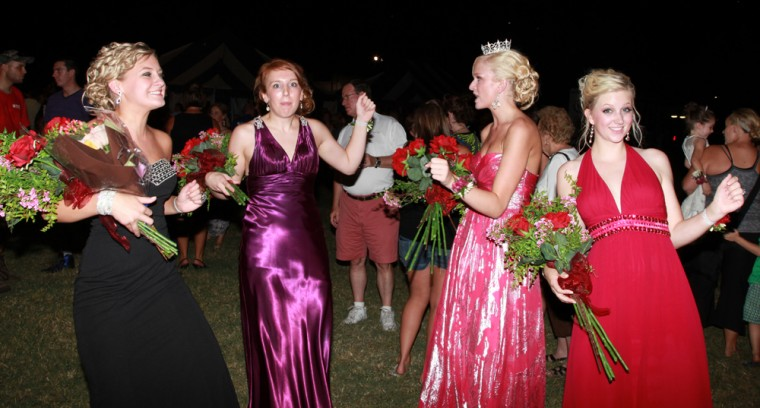 053 Fair Queen Contest.jpg