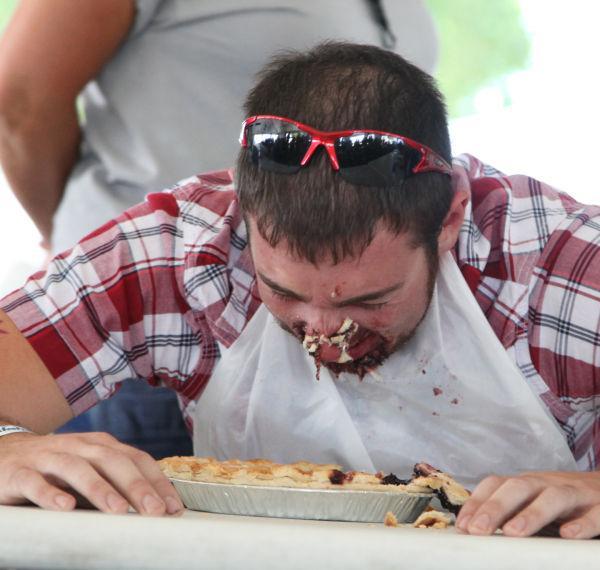 003 Pie Eating Contest 2013.jpg