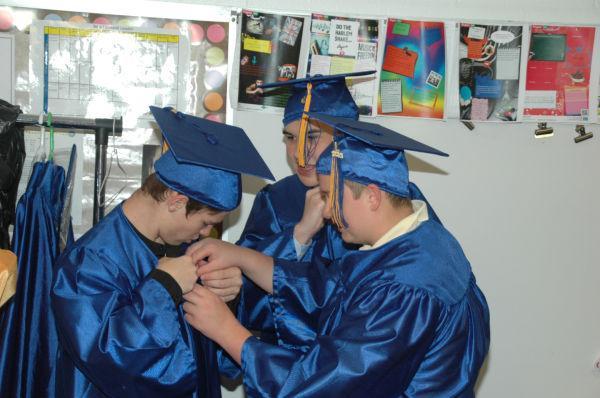 006 Londell graduation.jpg