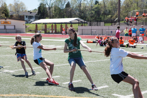 045 7th and 8th Grade Track and Field.jpg