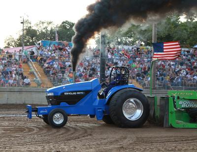 031 Fair Tractor Pull.jpg