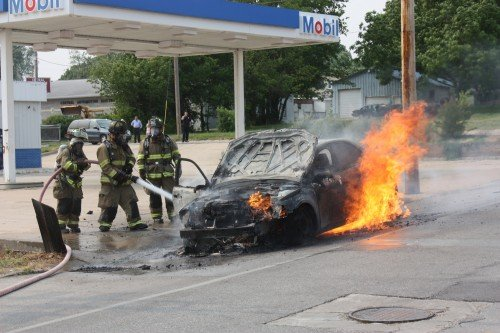 007 Union Car Fire.jpg