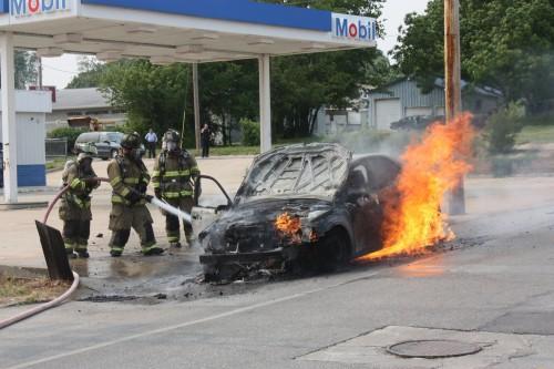 007 Union Car Fire.jpg