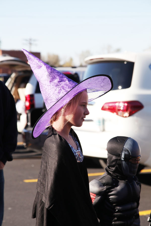 017 SFB grade school trunk or treat.jpg