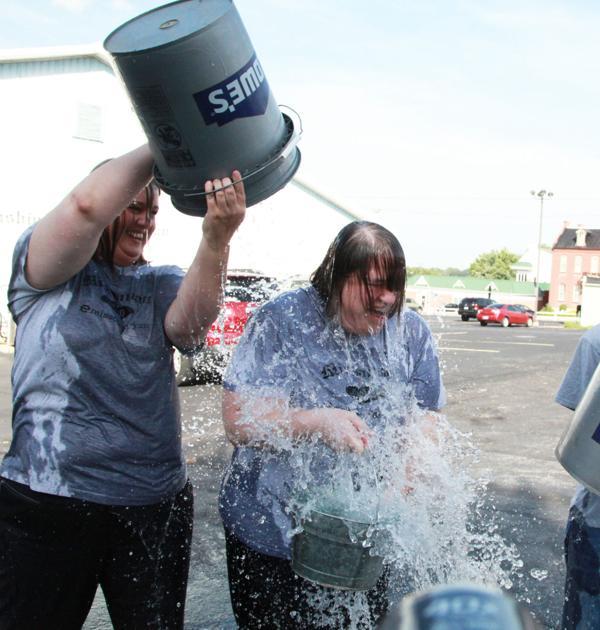 018 Washington Missourian Newspaper Ice Bucket Challenge.jpg