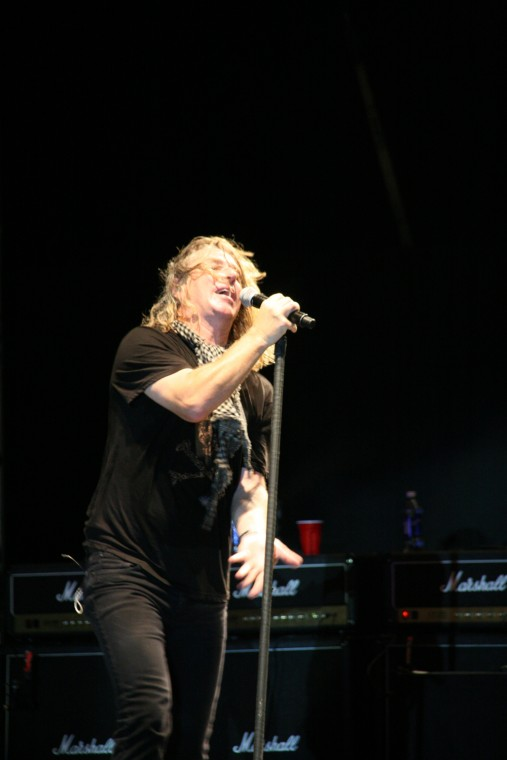 049Collective Soul Play TnC Fair 2011.jpg