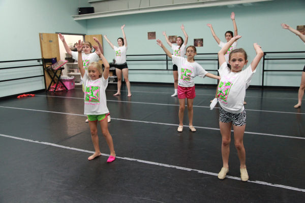 035 Little Starry Knights Dance Clinic 2014.jpg