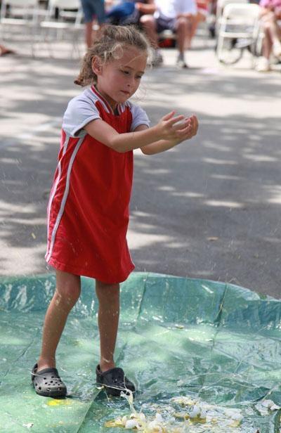 023 Fair Egg Drop Kids.jpg