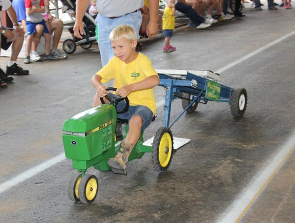 003 Pedal Tractor Pull 2014.jpg