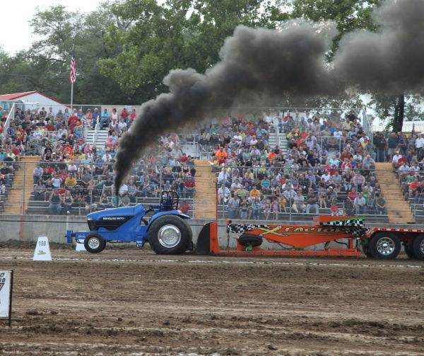007 Tractor Pull Fair 2013.jpg
