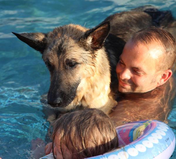 006 Doggie Dip 2013.jpg