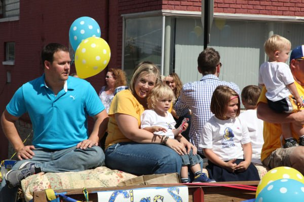 004 SFBRHS Homecoming Parade.jpg