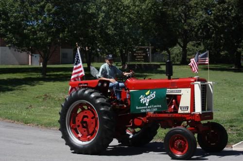 007 Tractors Union.jpg