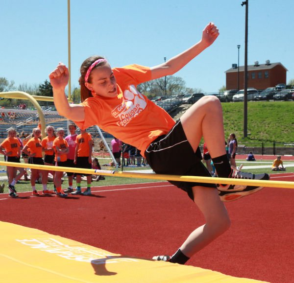 021 7th and 8th Grade Track and Field.jpg