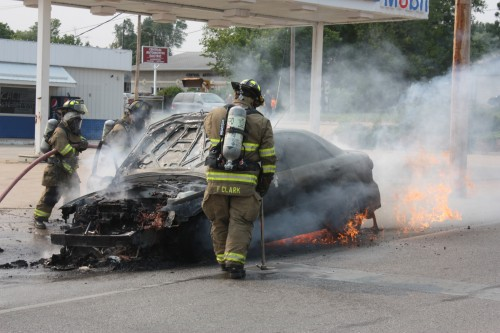 004 Union Car Fire.jpg