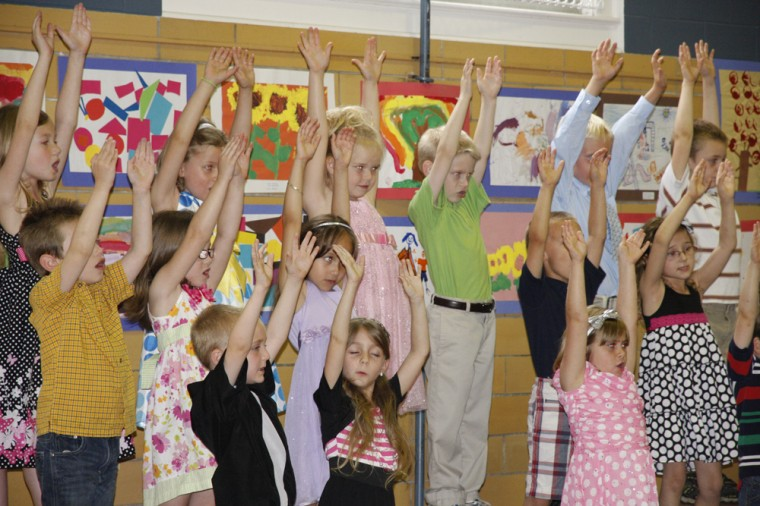 007 Fifth Street School Kindergarten Program.jpg