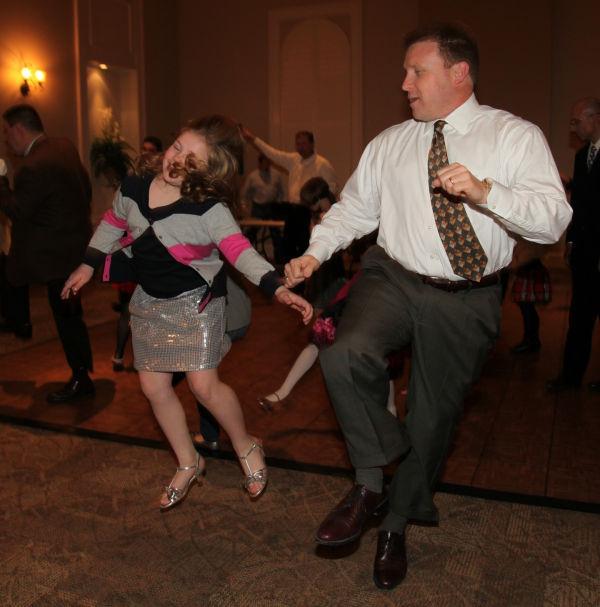 043 dance.jpg