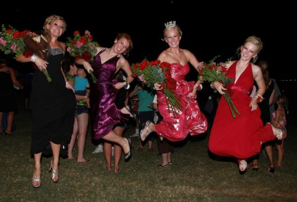052 Fair Queen Contest.jpg