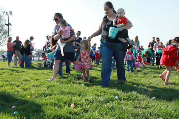 003 Washington City Park Egg Hunt 2014.jpg