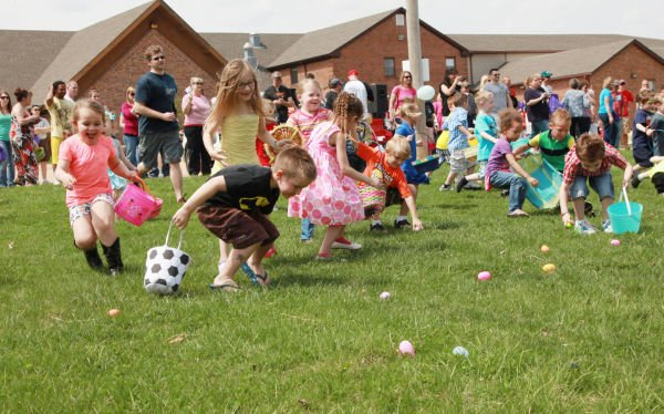 015 First Baptist Church Egg Hunt 2014.jpg