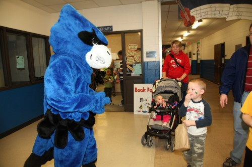 064 Family Reading Night 2012.jpg