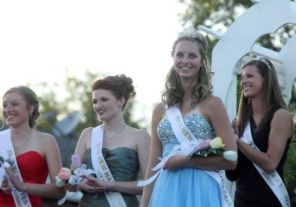 026 New Haven Youth Fair Queen Contest 2013.jpg