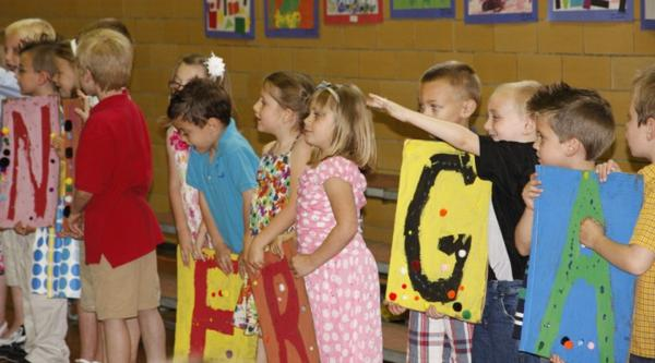 003 Fifth Street School Kindergarten Program.jpg