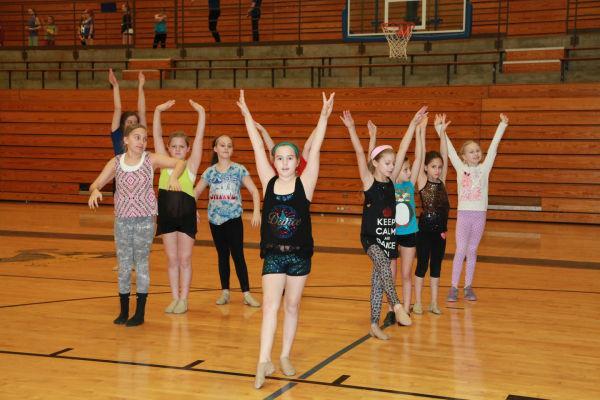 011 SFBRHS Dance Clinic 2014.jpg