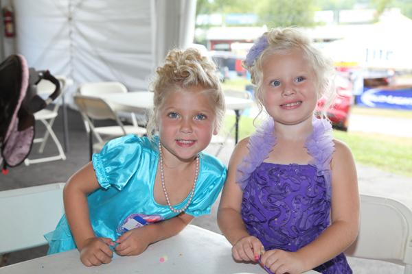 012 Queen for a Day 2014.jpg