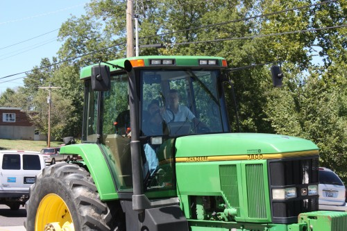 016 Tractors Union.jpg